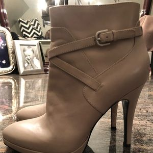 Nine West leather ankle boots